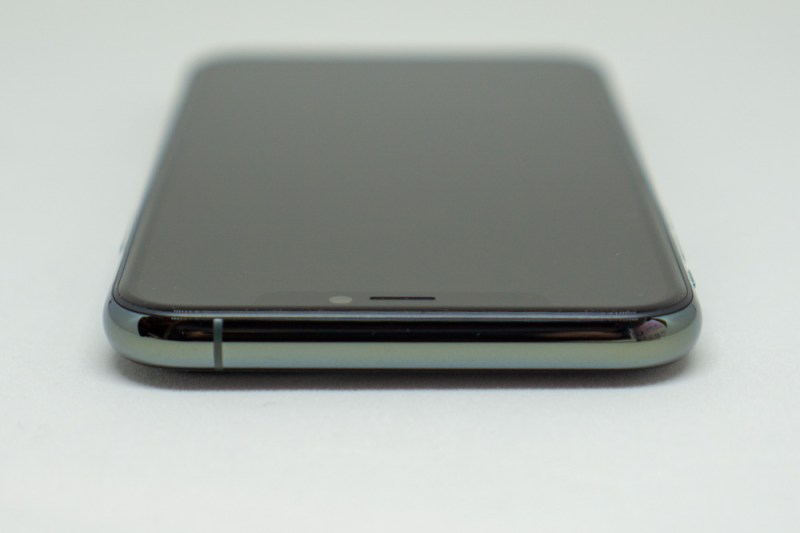 iPhone 11 Pro上部