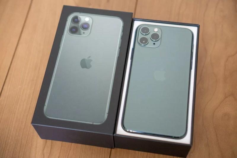 iPhone 11 Pro ミッドナイトグリーン開封フォトレポート