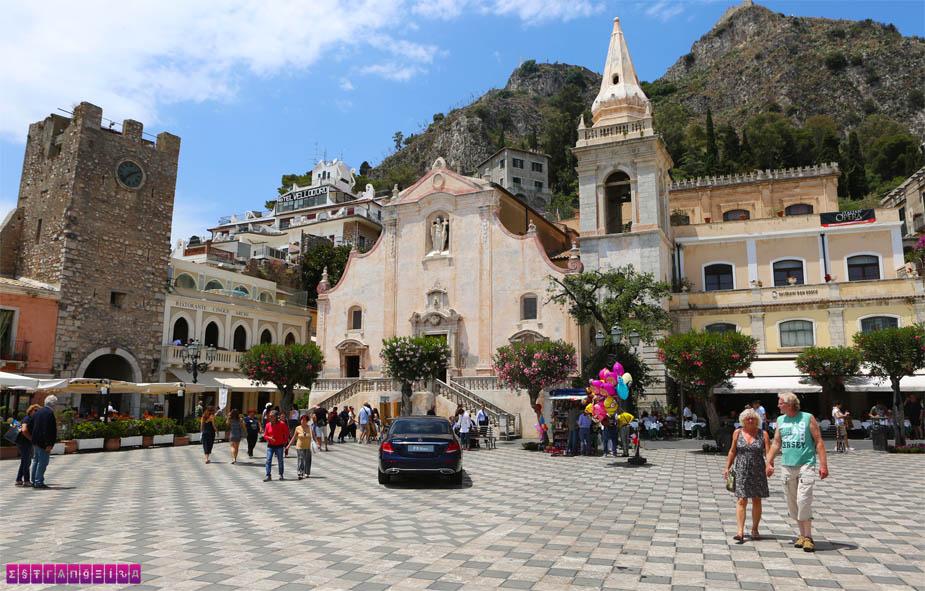 taormina-sicilia-o-que-fazer-piazza-ix-aprile
