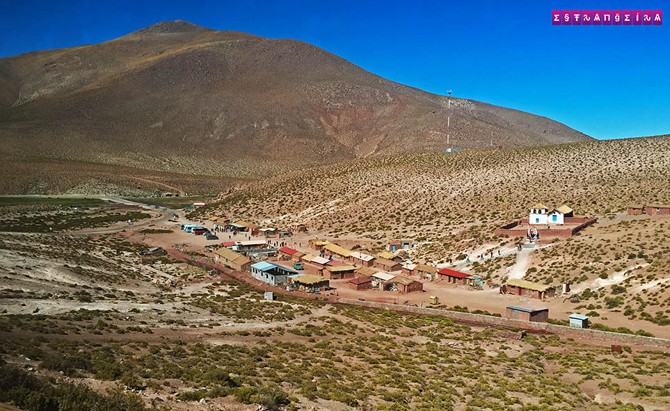 Atacama-Geyser-el-Tatio-vilarejo