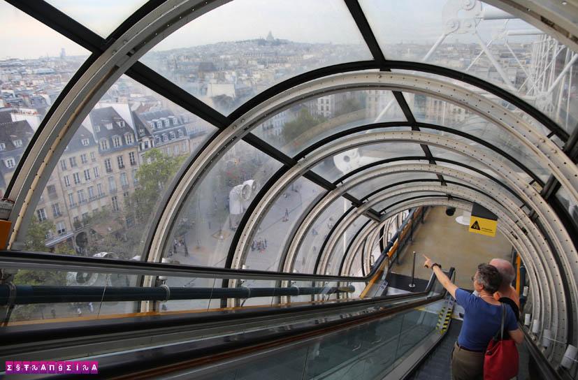 centre-georges-pompidou-paris-escada-rolante