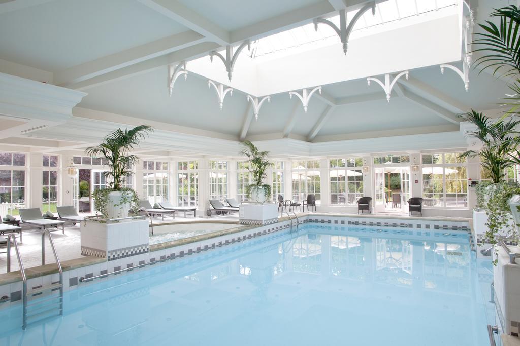 onde-ficar-na-disney-paris-hospedagem-disneyland-hotel-piscina