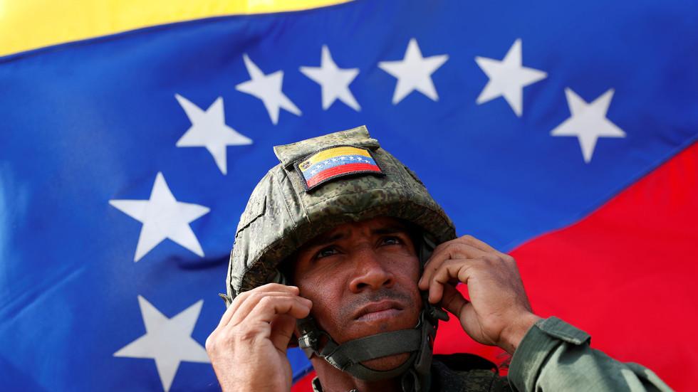 Um fuzileiro naval da Venezuela participa dos Jogos Internacionais do Exército na região de Kaliningrado, Rússia, 8 de agosto de 2019 foto de Vitaly Nevar