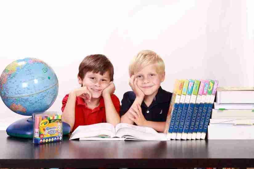 Tipos y Ejemplos de Ambientes de Aprendizaje