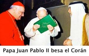Juan Pablo II besa el Corán