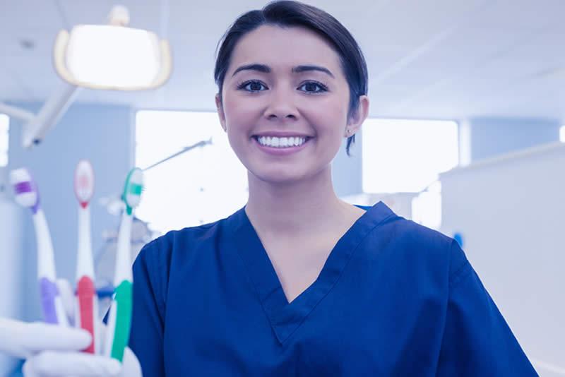 ortodoncia cuidados brackets Barcelona