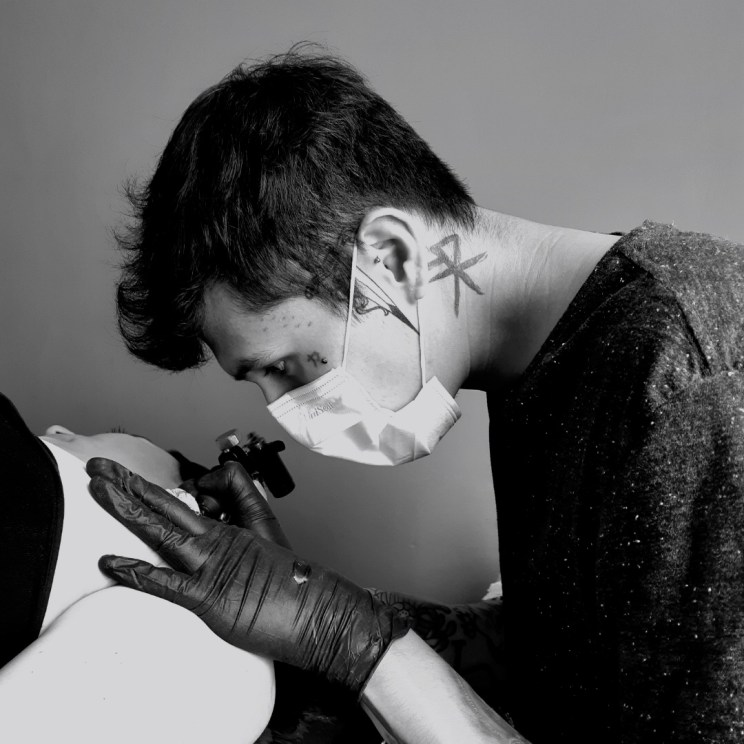Tatuador: Jesús