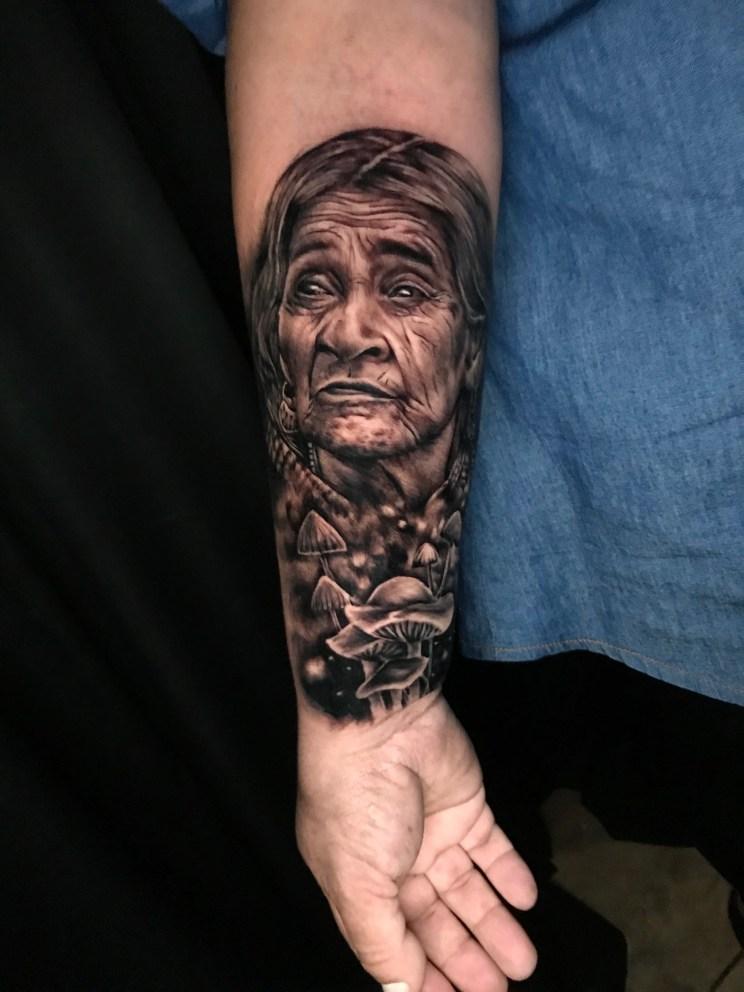 Tatuador: Carlos