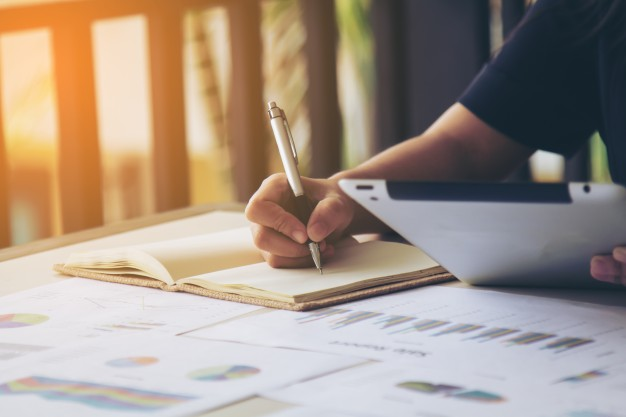Escríbele una carta a tu futuro yo   Estudio Emprendedor MX