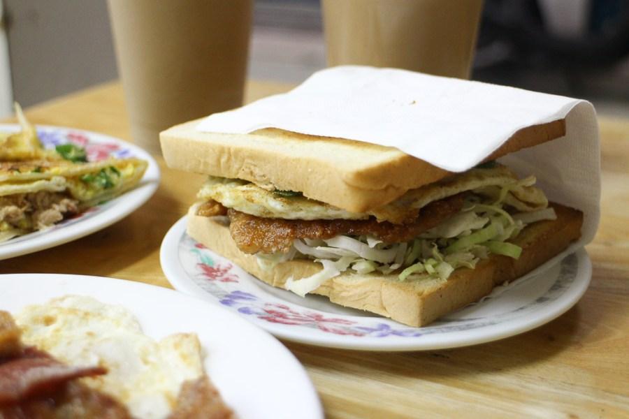 屏東 潮州人才知道的在地早餐店,熱門必點是麥香雞吐司x三樣!? 屏東縣潮州鎮|潮州楊早餐店