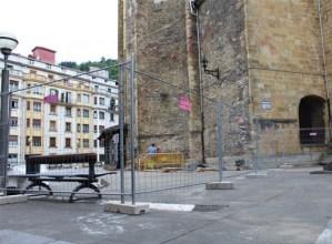 Eibarko Bizikleta plaza konpontzen hasi dira