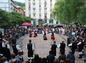 Galiziako Etxekoek antolatutako jaiak jende asko erakarri du Urkizura asteburuan