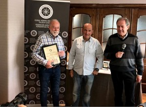 Espainiako Argazkilaritza Konfederazioaren Maisu titulua jaso du Juan Antonio Palaciosek