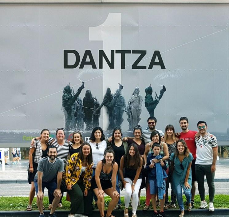 dantza 2