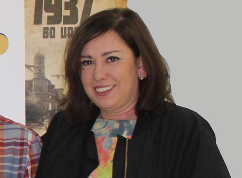 """Mireia Alonso: """"Eibarren 1.000 kilo lenteja bildu nahi ditugu Lesbosera bidaltzeko"""""""