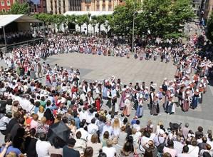 Euskal Jaia elkarlanean antolatzeko bilera irekia deitu dute gaurko, 19:00etan