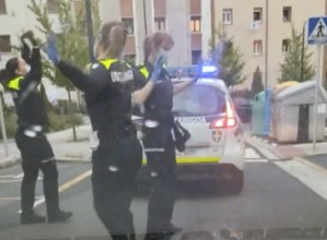 Eibarko Udaltzainen dantzak kritikatu ditu Euskadiko Udaltzaingoen Buruen Elkarteak