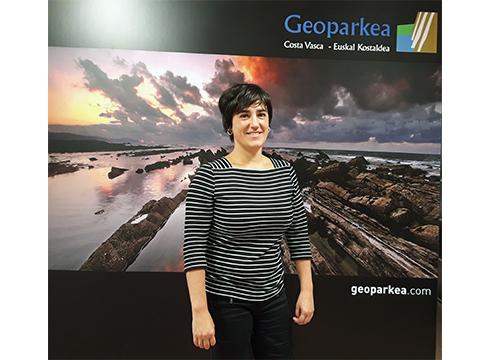"""Leire Barriuso, Geoparkeko kudeatzailea: """"Prehistoria arloan Geoparkea erreferente bihurtzea nahiko genuke"""""""