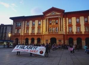 Manifestazio jendetsua egin da Zaldibarko hondamenditik 9 hilabete bete direla gogoan