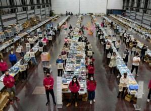 Durangoko Azokako taupada ez da eten: 7.800 erosketa, 27.758 produktu salduta eta 50.000 kulturzale egitarauaz gozatzen