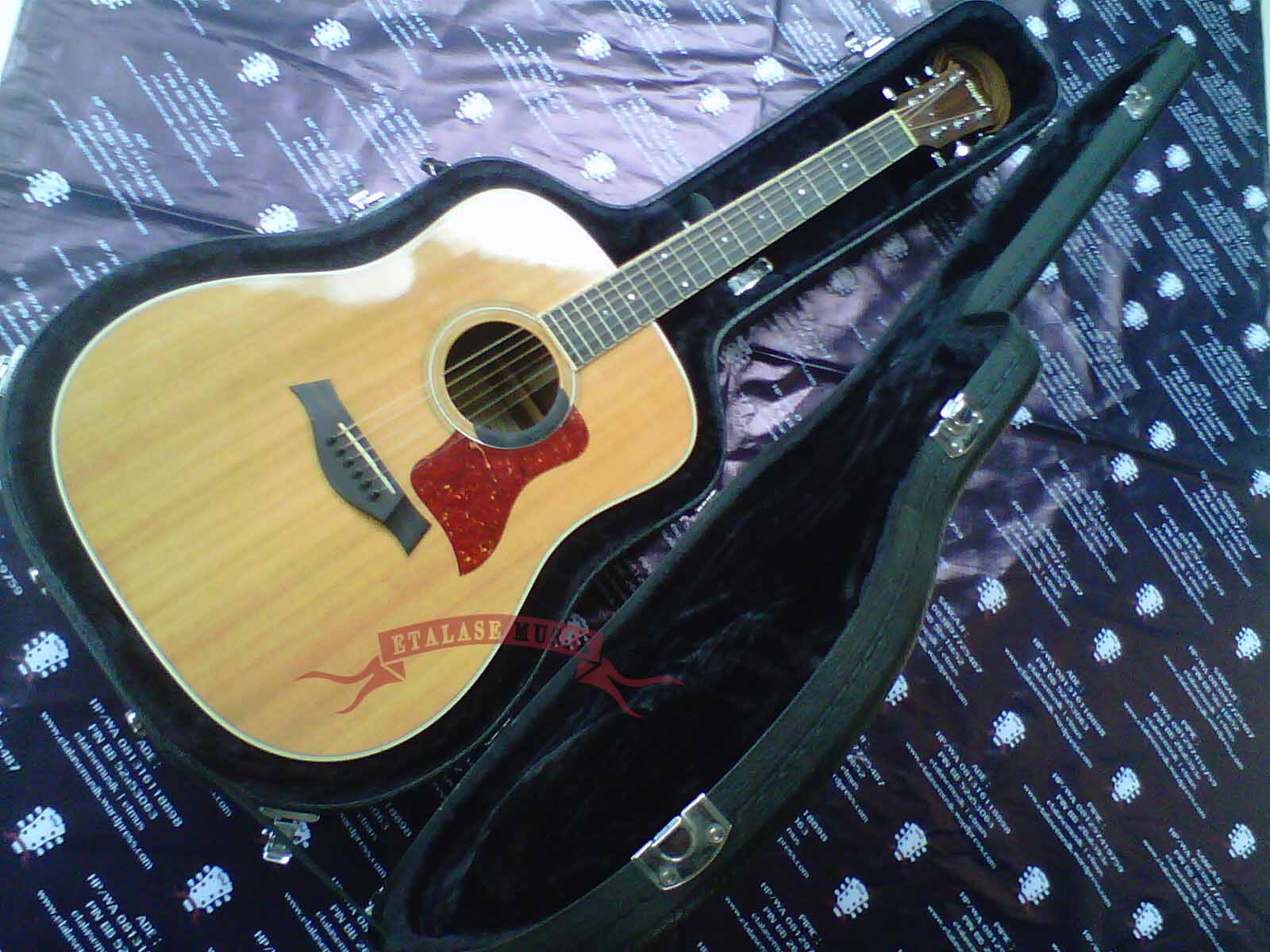 Gitar Akustik Elektrik All Solid Wood : Taylor DN-4 | Original Made In USA [Upgrade w/Preamp]