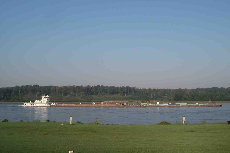 View of Mississippi River from Thebes Landing