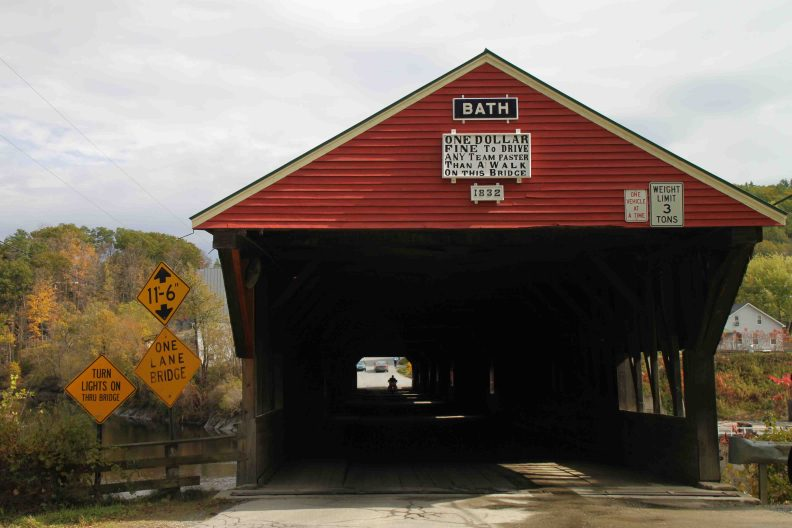 covered bridge in Bath, new hampshire
