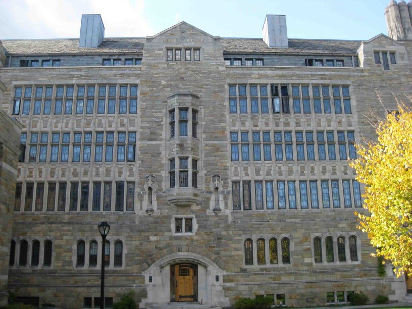 trumbull hall at yale university in New Haven