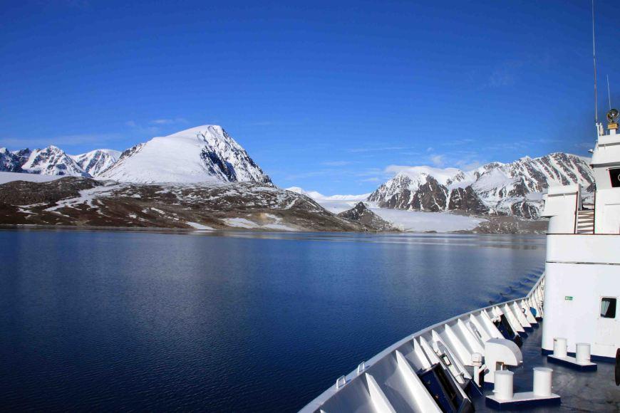 boat on bay at Bockfjorden