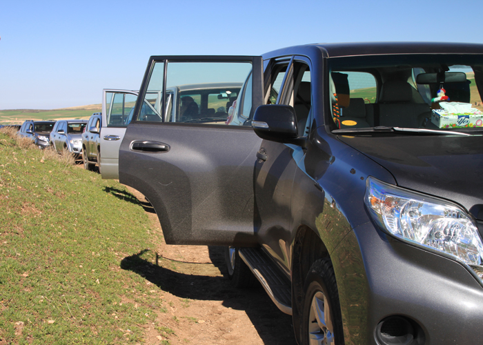 4x4 cars in asni ouirgane valley