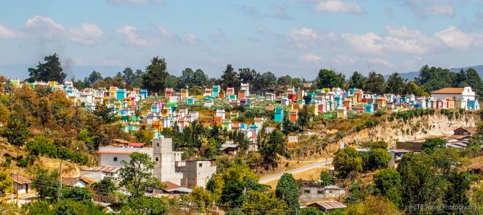 cemetery in chichicastenango