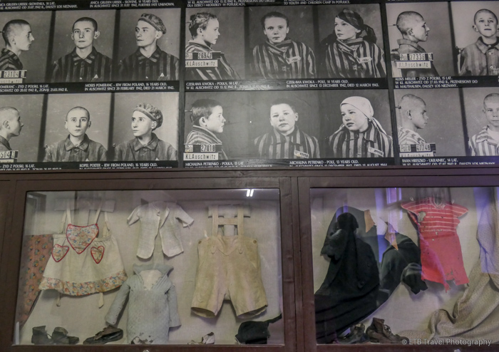 pictures of children prisoners at Auschwitz
