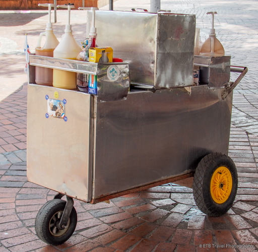 shaved ice cart in panama city