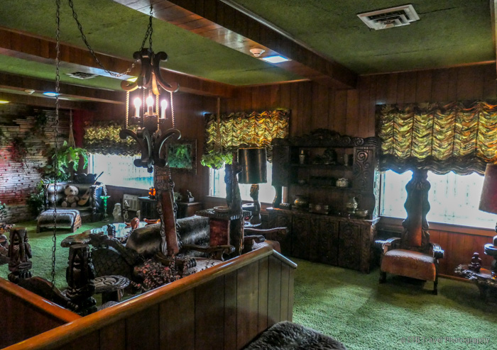 jungle room at Graceland mansion