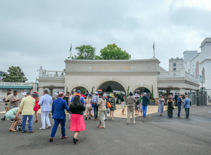 clubhouse gate at the 145th kentucky derby