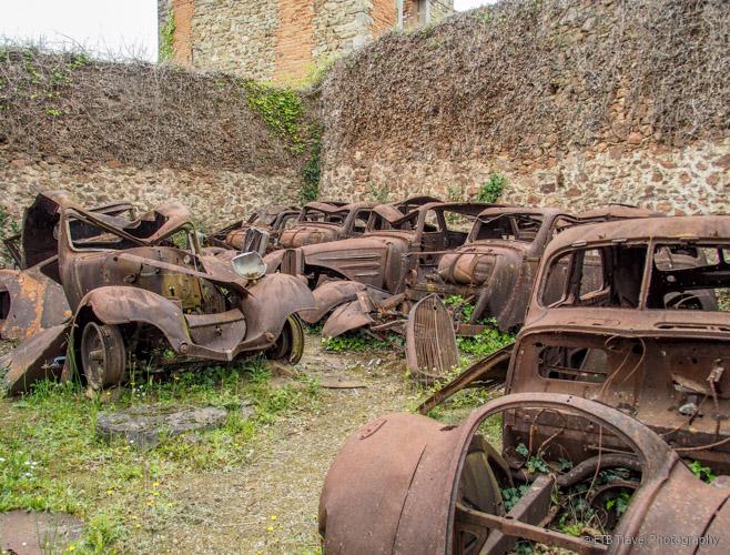 cars in oradour-sur-glane