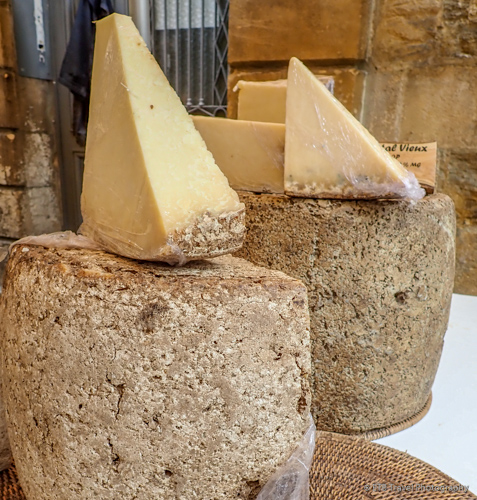 cheese at the sarlat market