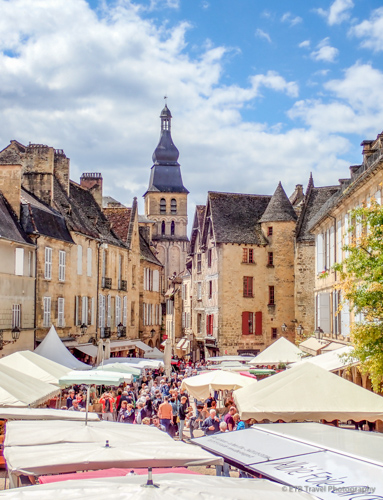 view of sarlat in dordogne commune