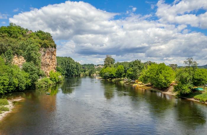 dordogne river in Vitrac