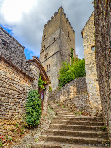 original tower of chateau de beynac