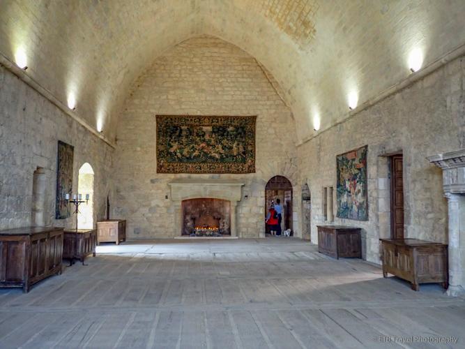 great room in chateau de beynac