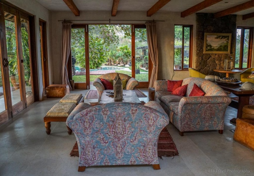 living area at Umani Springs