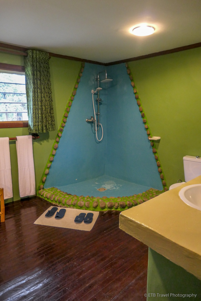 bathroom at Mountain Gorilla View Lodge