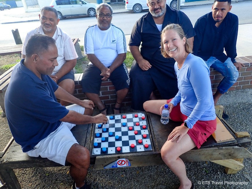 Russian checkers in tonga