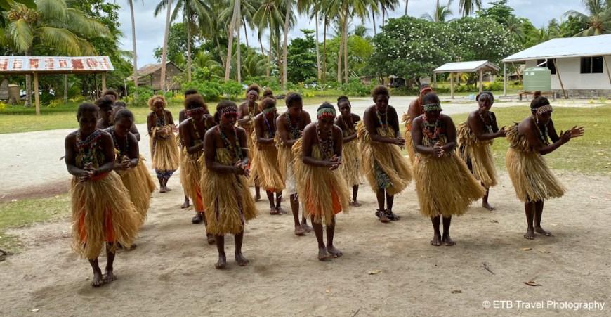 solomon islanders dancing