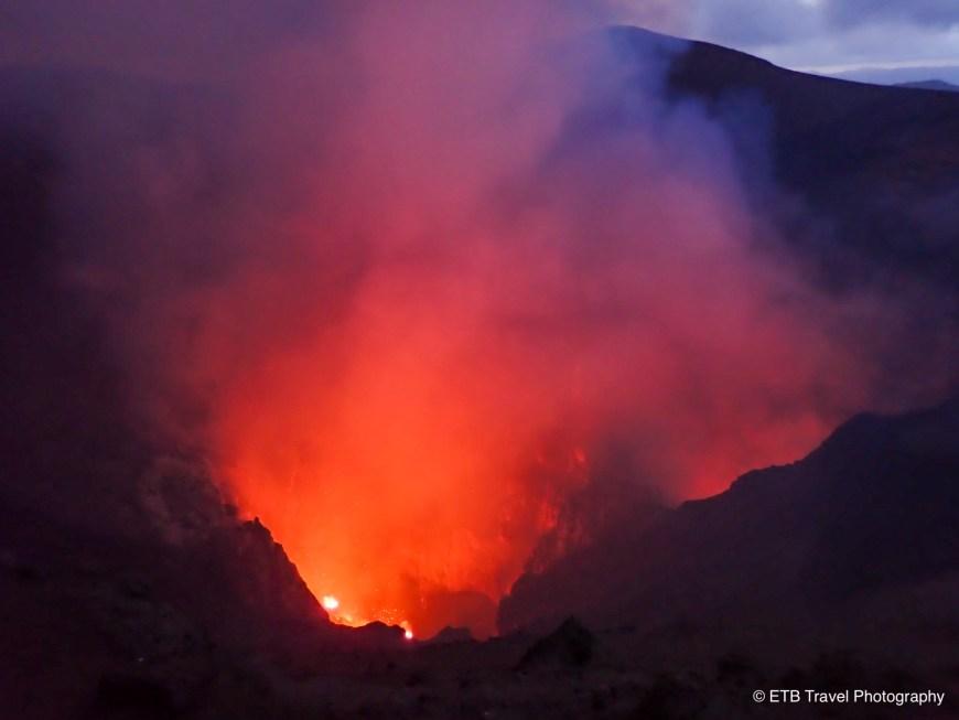 Mount yasur's glow