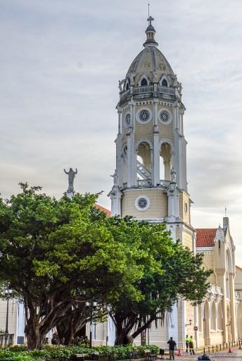 Iglesia San Francisco de Asis, one of five churches of casco viejo panama