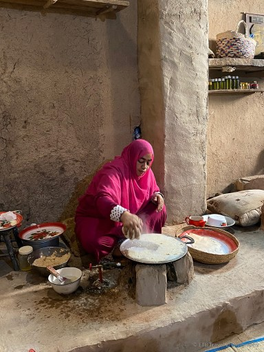making bread at bait al safah
