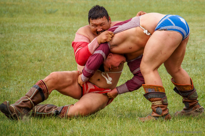 wrestlers at Naadam