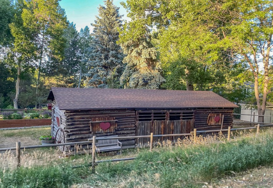 barn on the high line canal